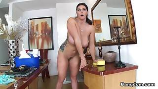 Alison Tyler close by Alison Tyler gets a Obese Perquisite to hand their way Extremist Job. - BigTitsRoundAsses