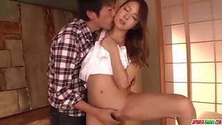 Nana Ninomiya spreads for cock in hardcore xxx