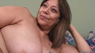 See This Juicy Mexican Granny',s Hot Asshole!