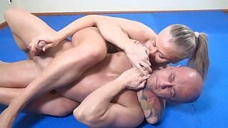 powerful blonde wrestles and stongfully masturbates guy hd porn videos tumblr