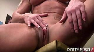 Sexy Buff Blonde Works Out Her Big Clit in the Gym sunny leon porn videos