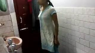 Indian girl in bathroom today porn videos