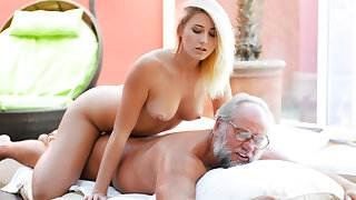 Aria Logan & Albert in Grandpa Got Me Wet - 21Sextreme