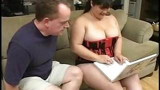 Fat chick in corset eats man meat then titty and pussy fucks