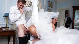 Simony Diamond & Danny D in Big Butt Wedding Day - Brazzers