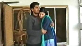 Paki desperate girl fucking with bf hot sex video bangla