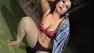 Hot pakistani phudi mujra