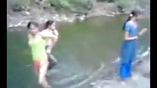 Indian girl in river with theri bfs hot teen spinner sex video