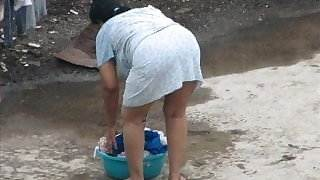 Spying indian Aunty - Ass Bend over - Booty Voyeur