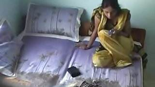 Indian Desi GF Fucked Hard hot sex video couple