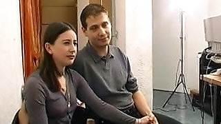 Sodo au bureau pour ce jeune couple amateur francais sex in the hot tub video game